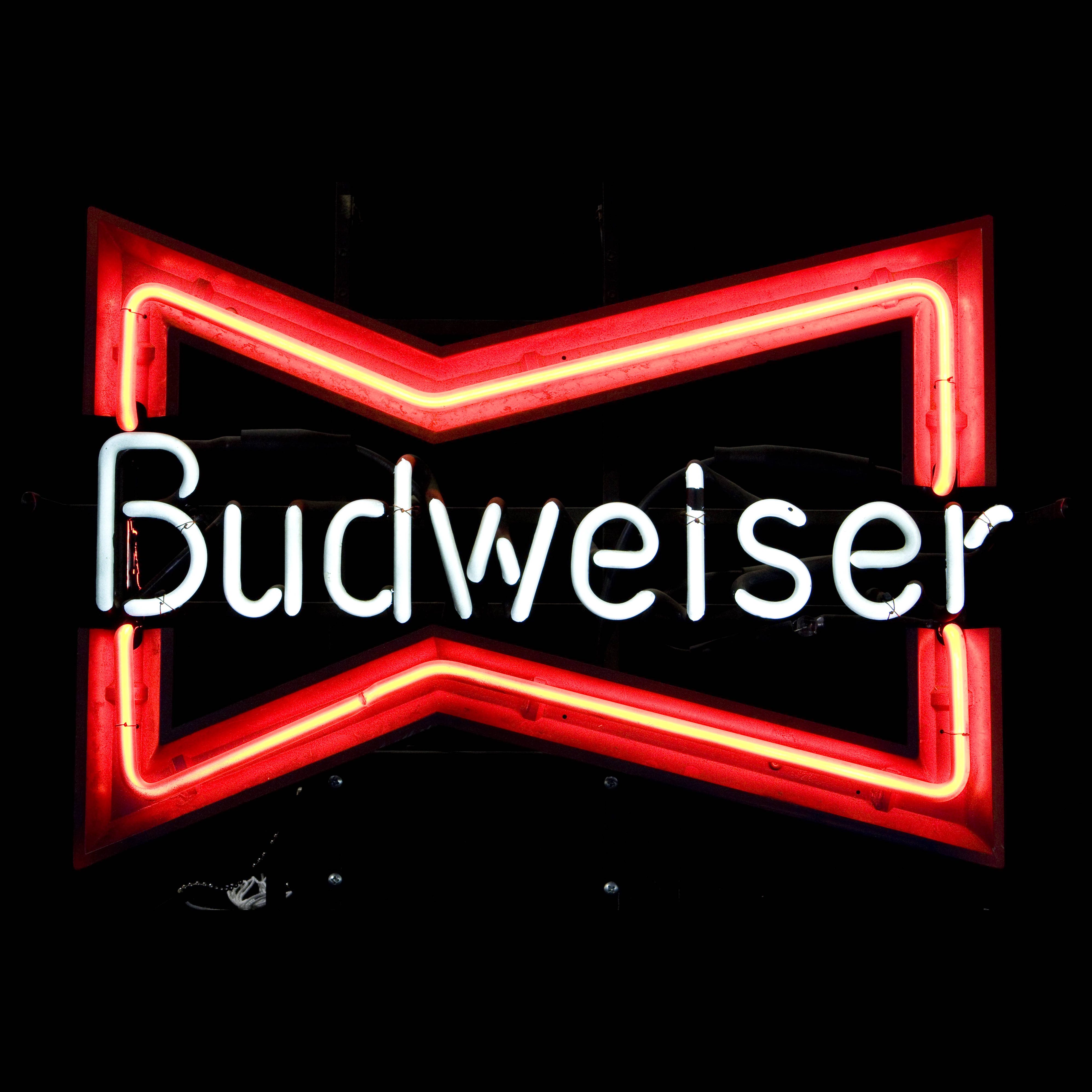 BUDWEISER / NEON SIGN   Air Designs
