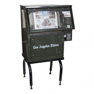 NEWSVEND COIN OPERATED