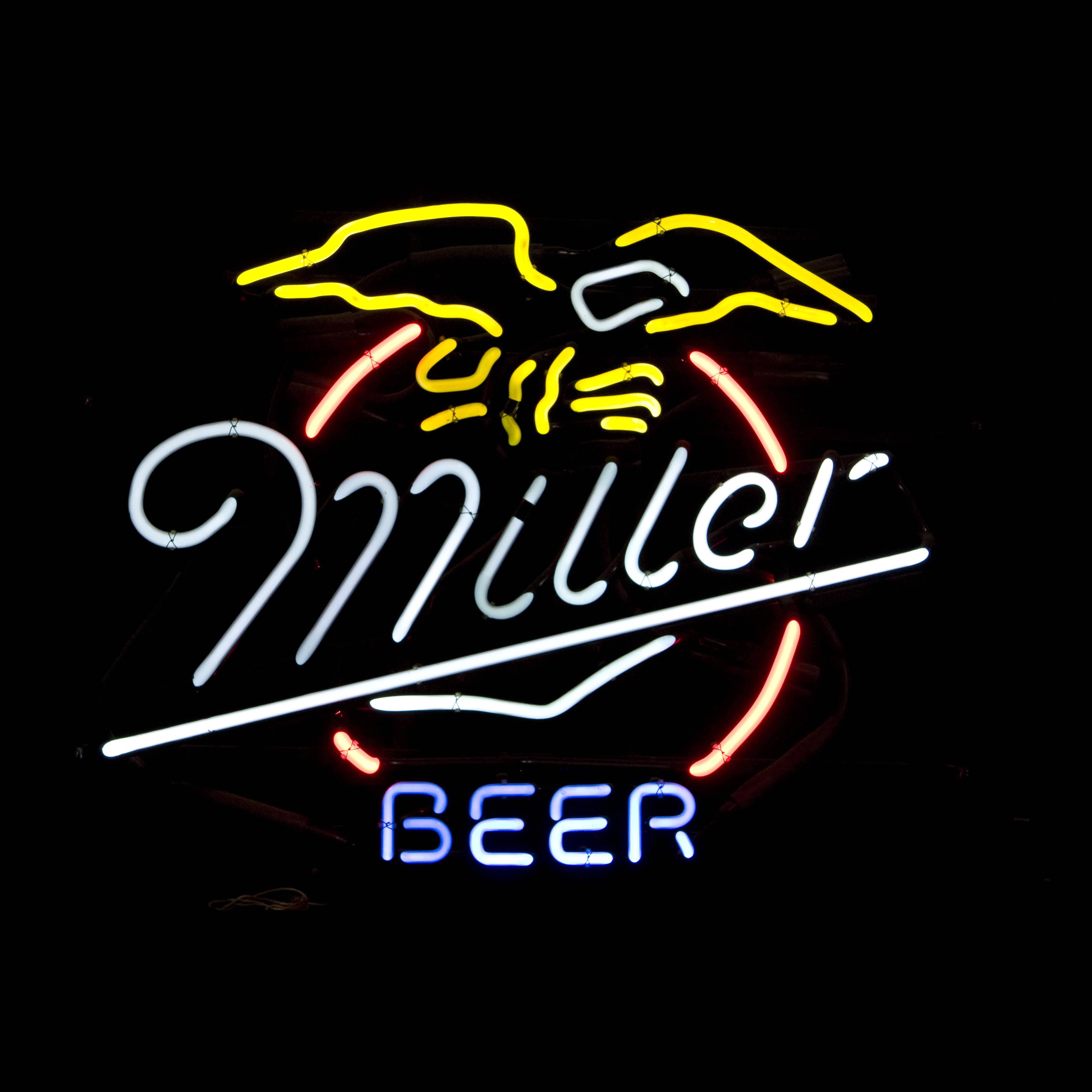 MILLER BEER / NEON SIGN | Air Designs